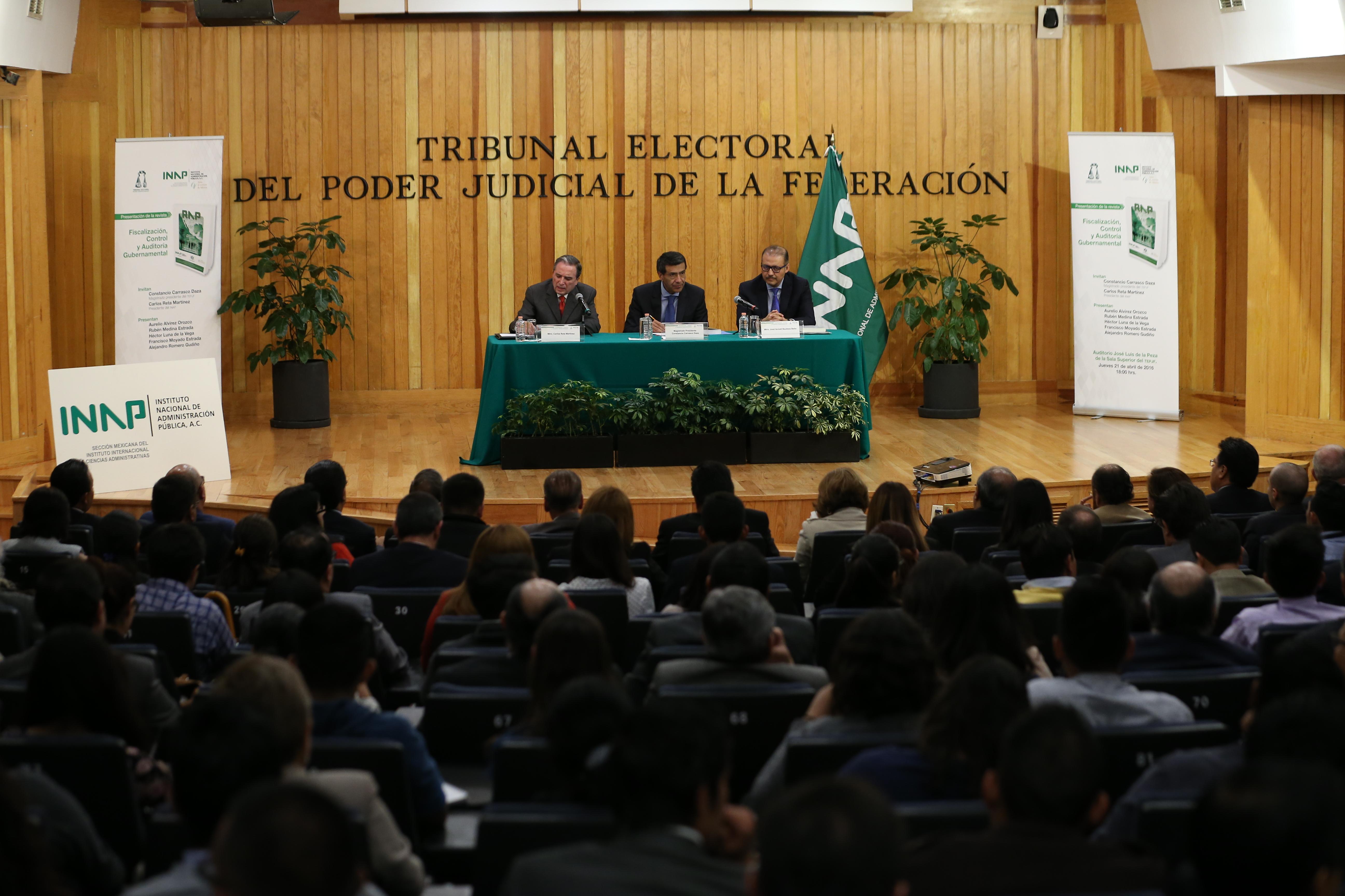Revista de Administración Pública  - INAP