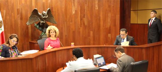 SPOT DE REVISTA LÍDER BUSCÓ ANUNCIAR EL CONTENIDO DE LA PUBLICACIÓN: SALA ESPECIALIZADA