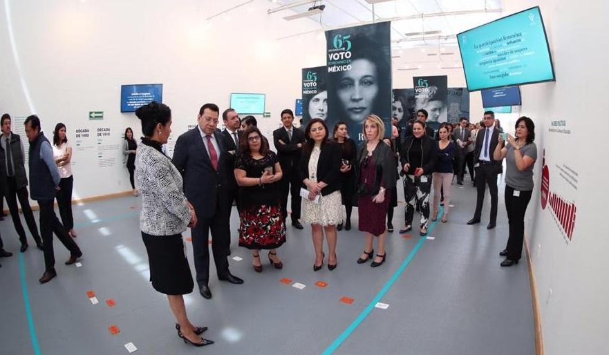 Inaugura el TEPJF exposición conmemorativa por el 65 aniversario del voto femenino en México