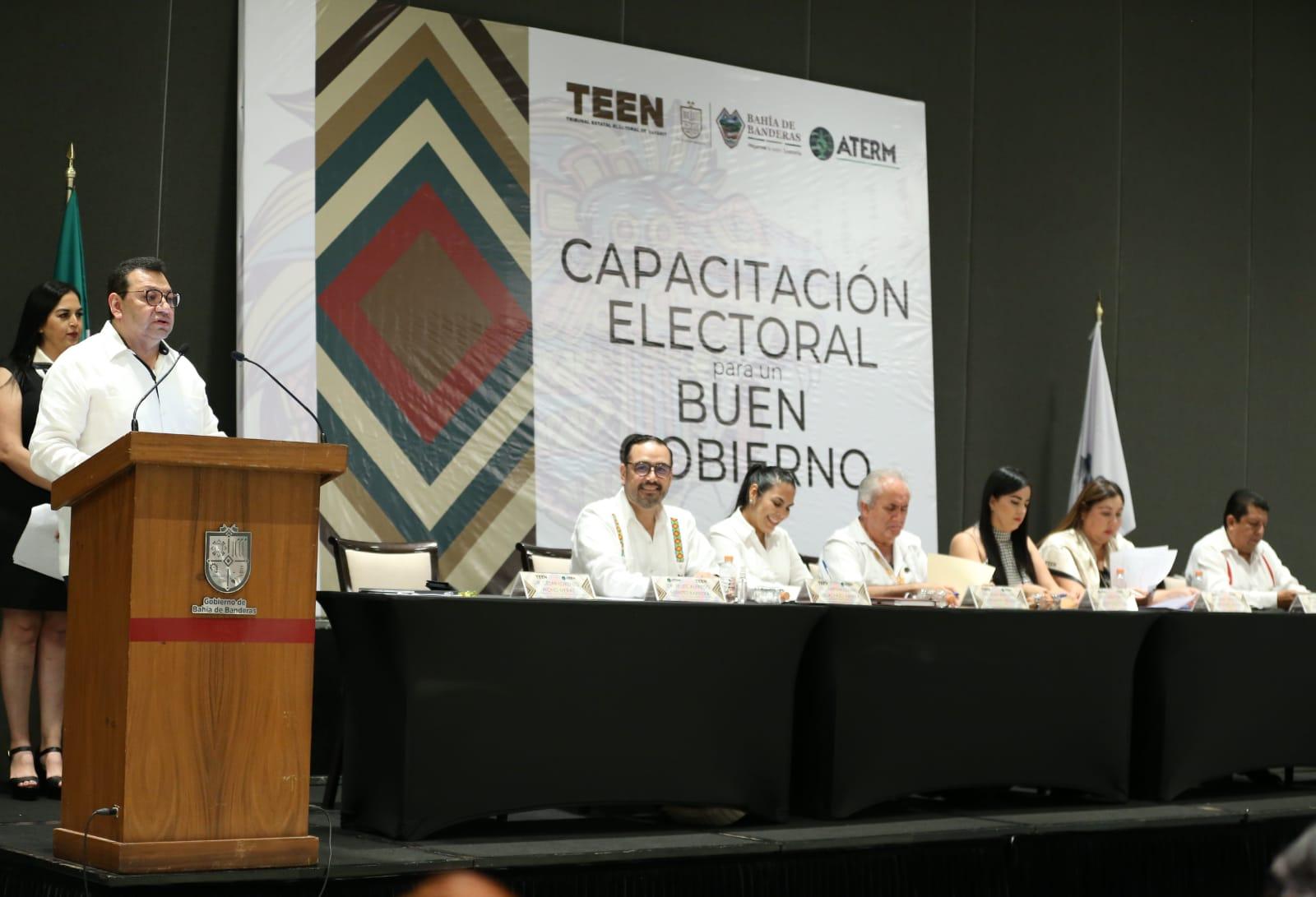 El TEPJF trabaja para consolidarse en un Tribunal abierto, cercano, incluyente y aliado de la sociedad: magistrado Fuentes Barrera<br />