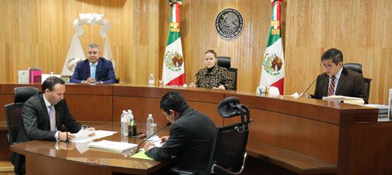 TEPJF REVOCA LA CONSTANCIA DE MAYORÍA Y VALIDEZ A LA SEXTA REGIDORA DEL AYUNTAMIENTO DE LA PIEDAD, MICHOACÁN, POSTULADA POR LOS PARTIDOS POLÍTICOS ACCIÓN NACIONAL Y DE LA REVOLUCIÓN DEMOCRÁTICA, OTORGÁNDOLA A SU SUPLENTE