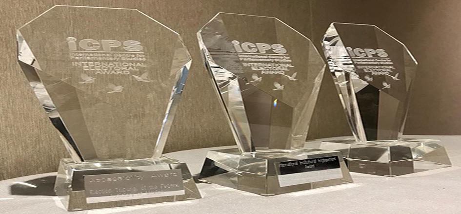El TEPJF recibe tres premios internacionales por su labor jurisdiccional